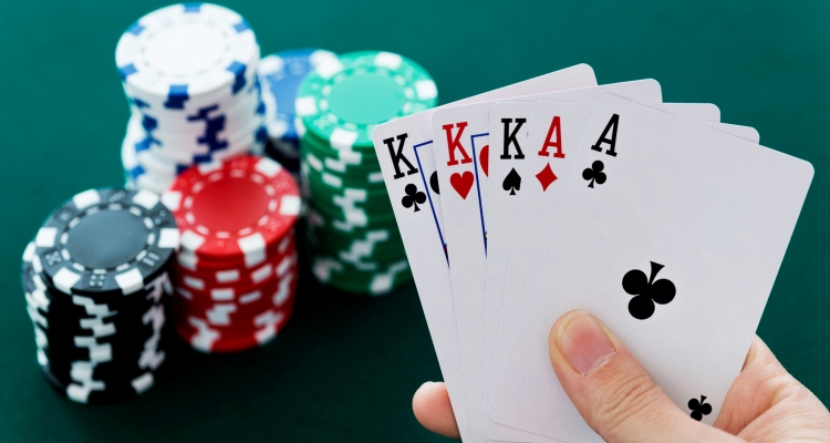 Tips on Playing Online Poker for Real Money